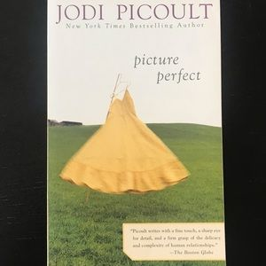 Picture Perfect by Jodi Picoult 📖